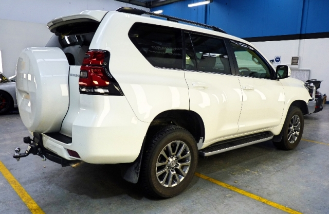 Toyota, Prado, Kakadu, Toyota, stone chip protection, Paint protection, paint protection film, Adelaide, XPEL Ultimate, EXPEL, car bra, self healing film, CHR, 2017, 2018, bumper wrap, vinyl wrap, winguard