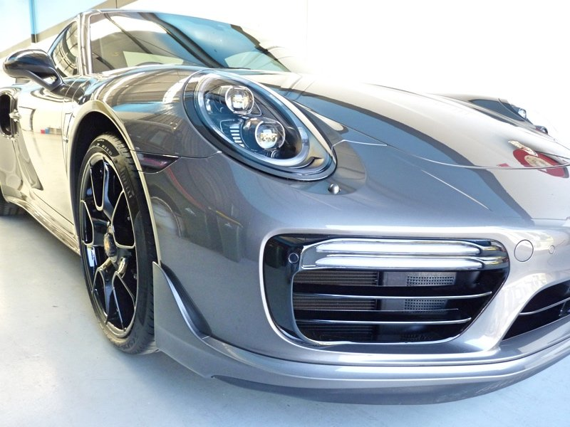 39 carbon meets character 39 porsche 911 turbo s exclusive series 2018 winguard paint protection. Black Bedroom Furniture Sets. Home Design Ideas